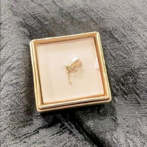 Vintage Krementz Gold/Pearl Pin